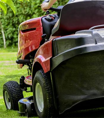 Tractores cortacésped descargado posterior